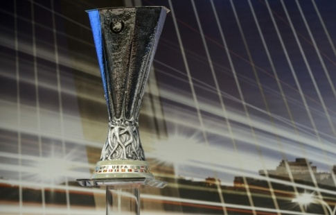 Русские футбольные арбитры Карасев иБезбородов получили назначения наматчиЛЕ