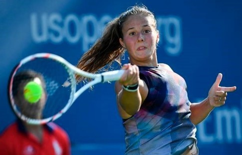 http://www.sport.ru/ai/24x16000/371948/head_0.jpg