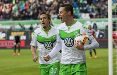 «Бавария» сыграла вничью с«Вольфсбургом» 2:2 вчемпионате Германии