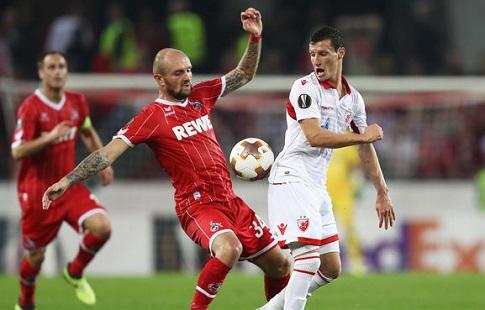 Фанаты устроили массовую драку после матча «Црвена Звезда»— «Кёльн»