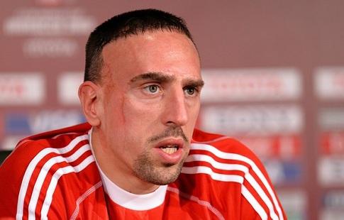 Рибери получил травму колена вматче «Баварии» с«Гертой»