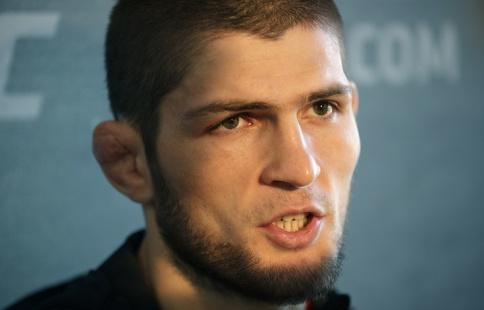 Нурмагомедов опустился на 2-ое место врейтинге легковесов UFC