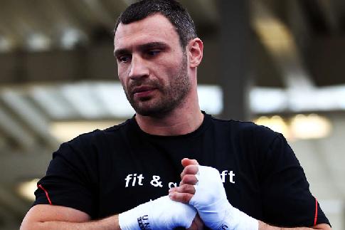 Обидчик Кличко собрался вернуться наринг в 2018г.