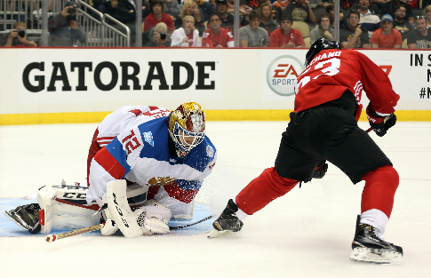 Хоккеисты молодежной сборной РФ разгромно проиграли Канаде встартовом матче Суперсерии 2017