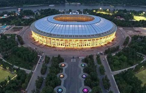 Около Лужников навремя матча Российская Федерация - Аргентина ограничат реализацию алкоголя