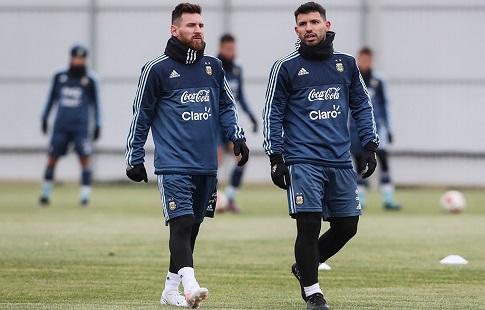 Зобнин несыграет сАргентиной иИспанией, Кузяев готовится киграм