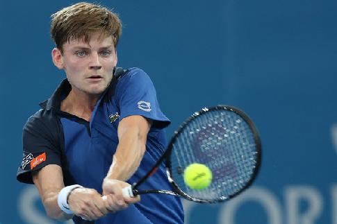 Федерер одержал 3-ю победу наитоговом теннисном турнире встолице Англии