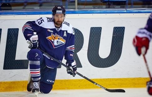 'Ак Барс ждёт решения КХЛ о разрешении Зарипову заключать контракты с клубами лиги
