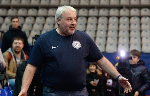 Может, Родченков сумасшедший игрызет пробирки ночами — Медведев