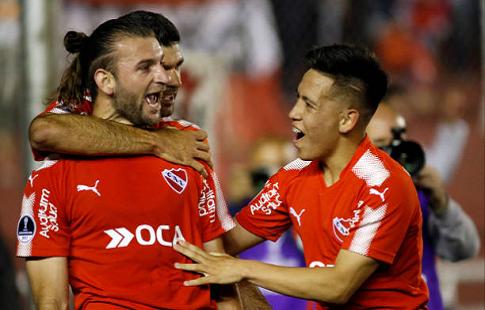 «Индепендьенте» одержал победу Южноамериканский Кубок