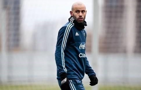 Маскерано принял окончательное решение покинуть «Барселону» ксередине зимы