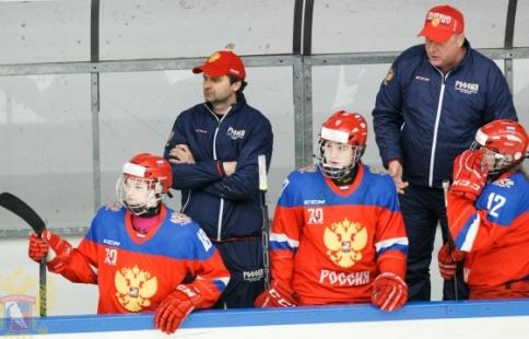 Хоккеистки Российской Федерации пробились вполуфинал молодежного чемпионата мира