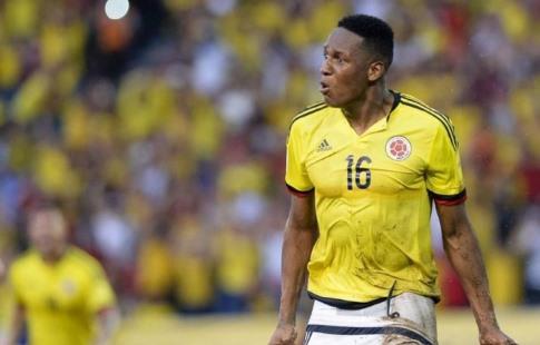 'Барселона объявила о трансфере защитника сборной Колумбии Мины