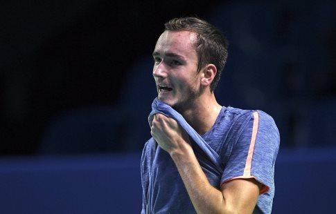 Даниил Медведев пробился во 2-ой круг Открытого чемпионата Австралии потеннису