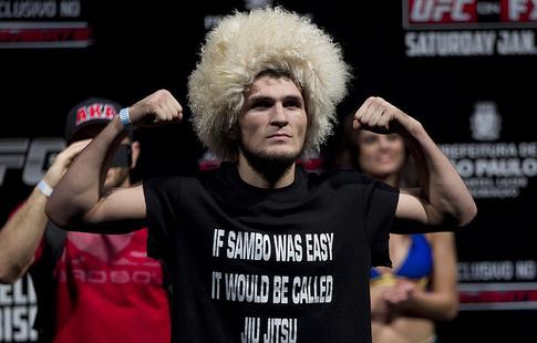 Нурмагомедов иФергюсон сразятся затитул чемпиона UFC 7апреля
