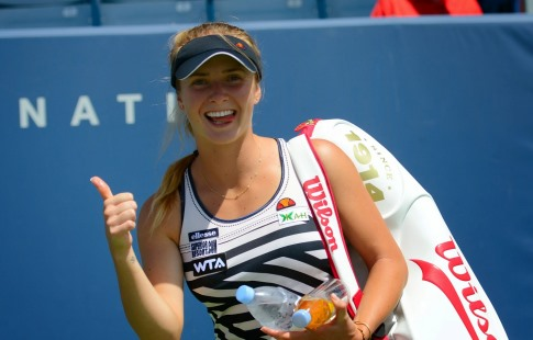 Мертенс разгромила Свитолину в ¼ финала Australian Open, выиграв 2-й сет