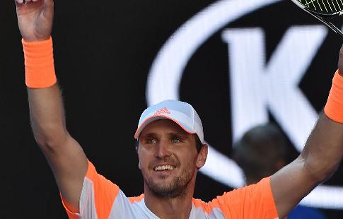 Зверев-старший получил наибольший штраф вистории Australian Open