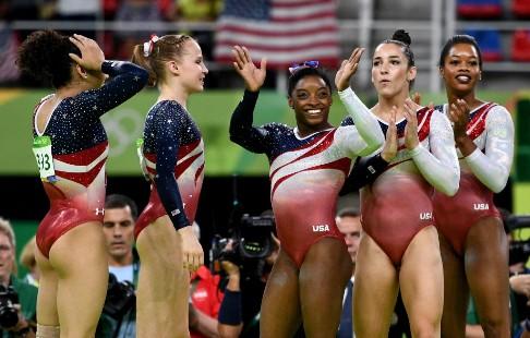 Медсотрудника сборной США погимнастике приговорили к175 годам тюрьмы задомогательства