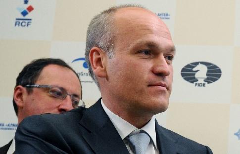 Попечительский совет поддержит кандидатуру Филатова напост президента РФ, сказал Песков
