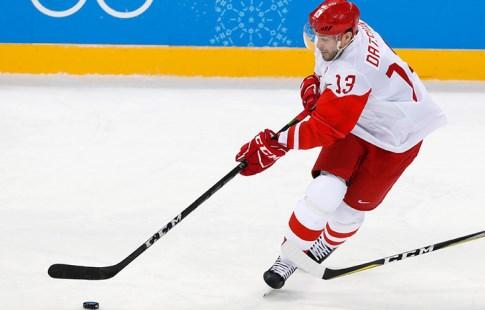 Русские хоккеисты уверенно победили американцев ивышли вчетвертьфинал Олимпиады