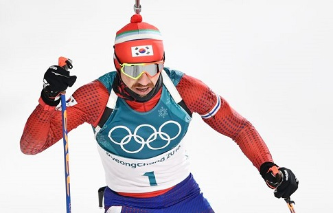 Биатлонист Мартен Фуркад одержал победу масс-старт истал четырехкратным олимпийским чемпионом