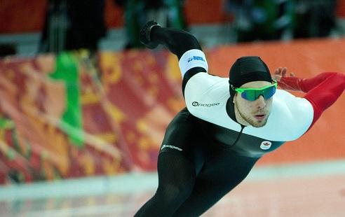 Канадский конькобежец разъяснил непопадание наОлимпиаду происками «российских мошенников»
