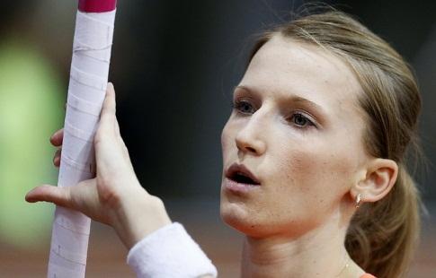 Анжелика Сидорова завоевала сереброЧМ полегкой атлетике впрыжках сшестом