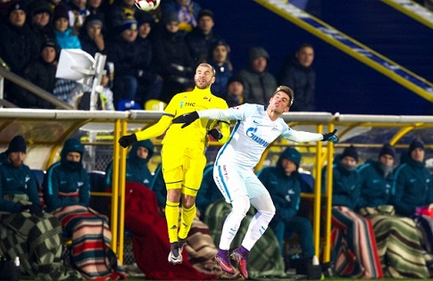 Игрокам «Зенита» Андрею Луневу иДалеру Кузяеву поставлен диагноз «ушиб стопы»