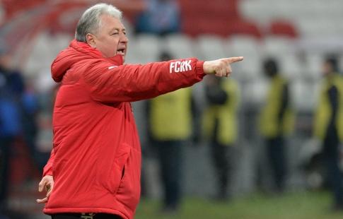 Главный тренер «СКА-Хабаровска» ушёл вотставку