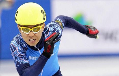 Шорт-трекисты АниПросвирнова победили вчемпионате Российской Федерации напятисотке