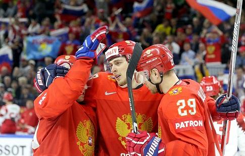Хафизуллин и Андронов в составе сборной России на матч со шведами