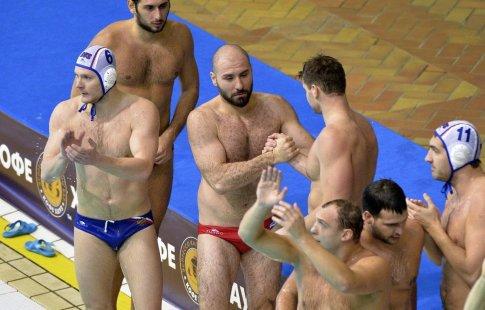 Сборные Российской Федерации поводному поло вБарселоне пробились вплей-офф