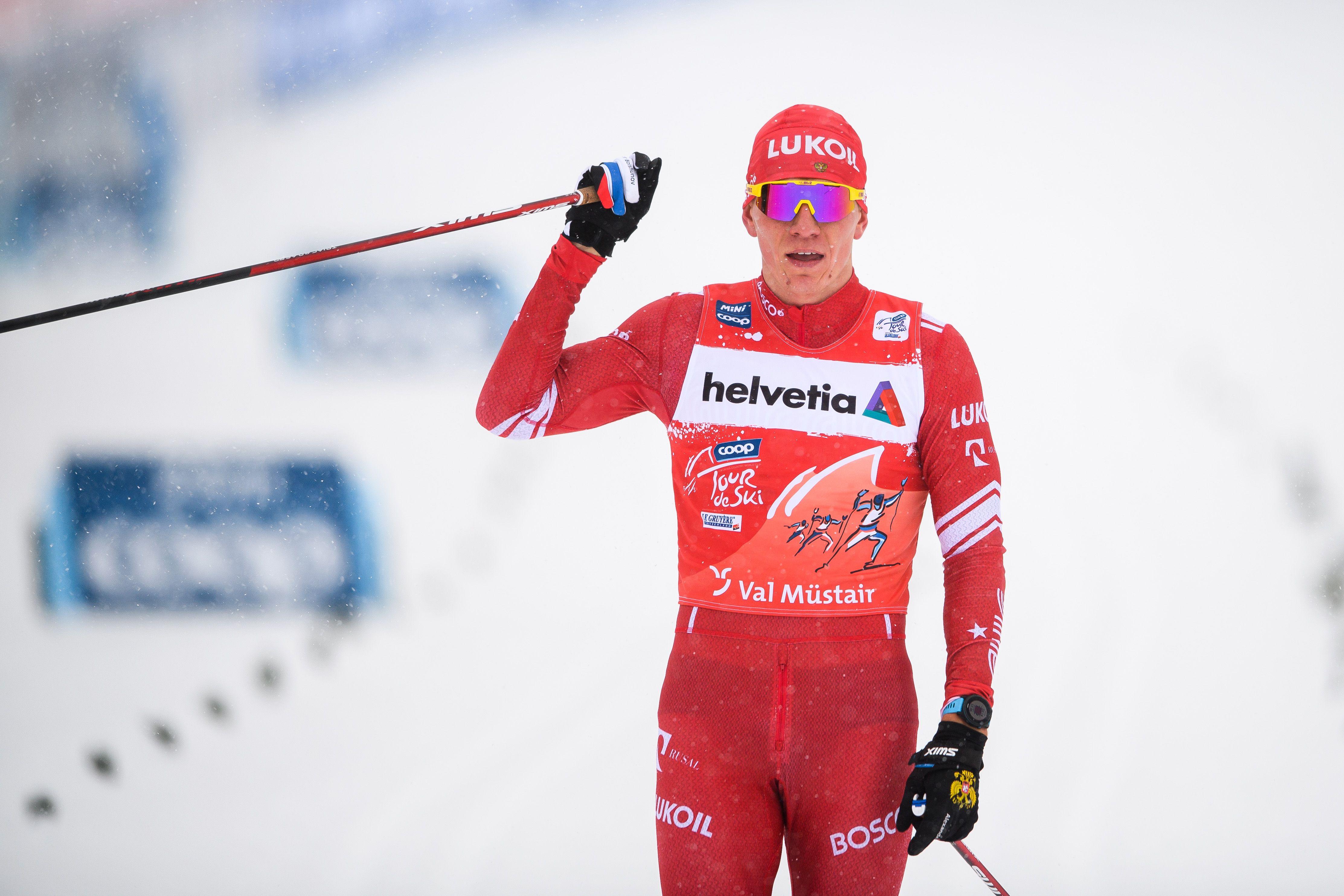 Большунов стал победителем гонки преследования на Тур де Ски. Результаты гонки