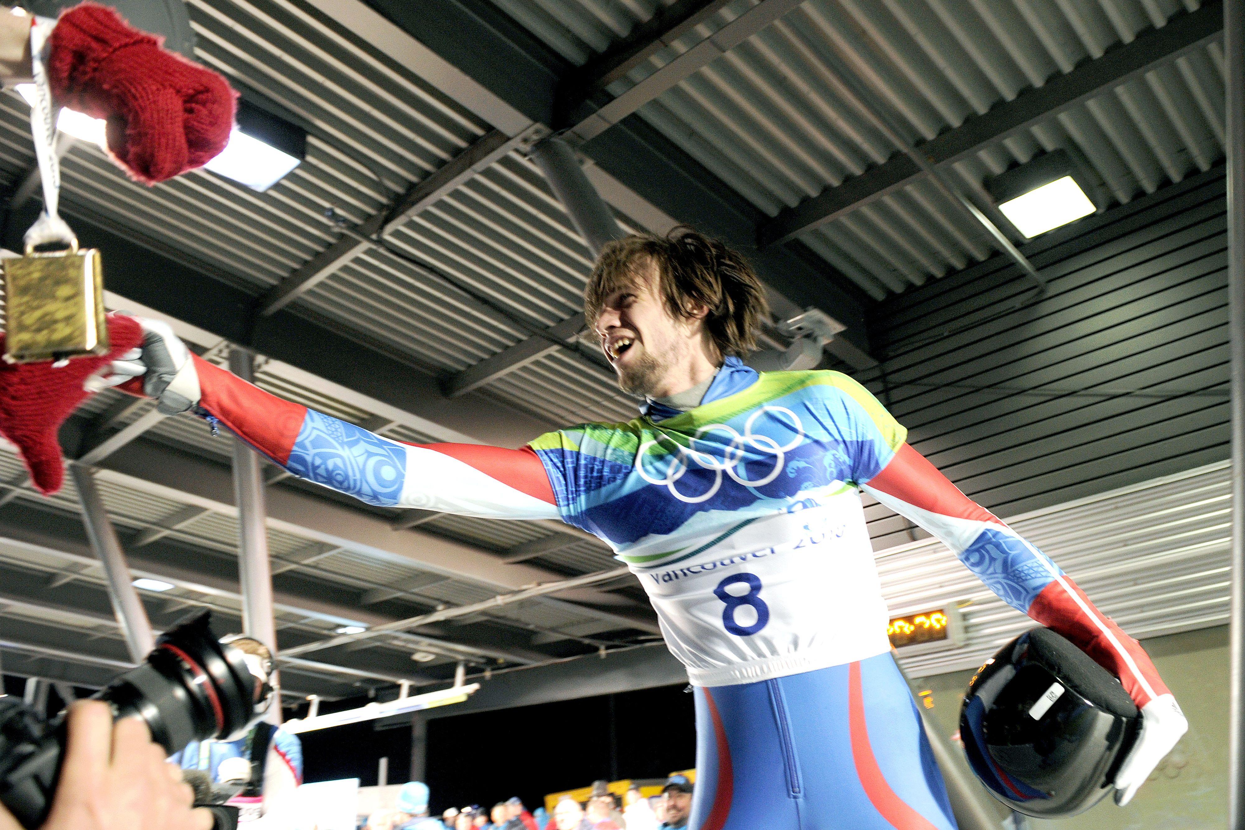Скелетонист Третьяков стал двукратным чемпионом Европы
