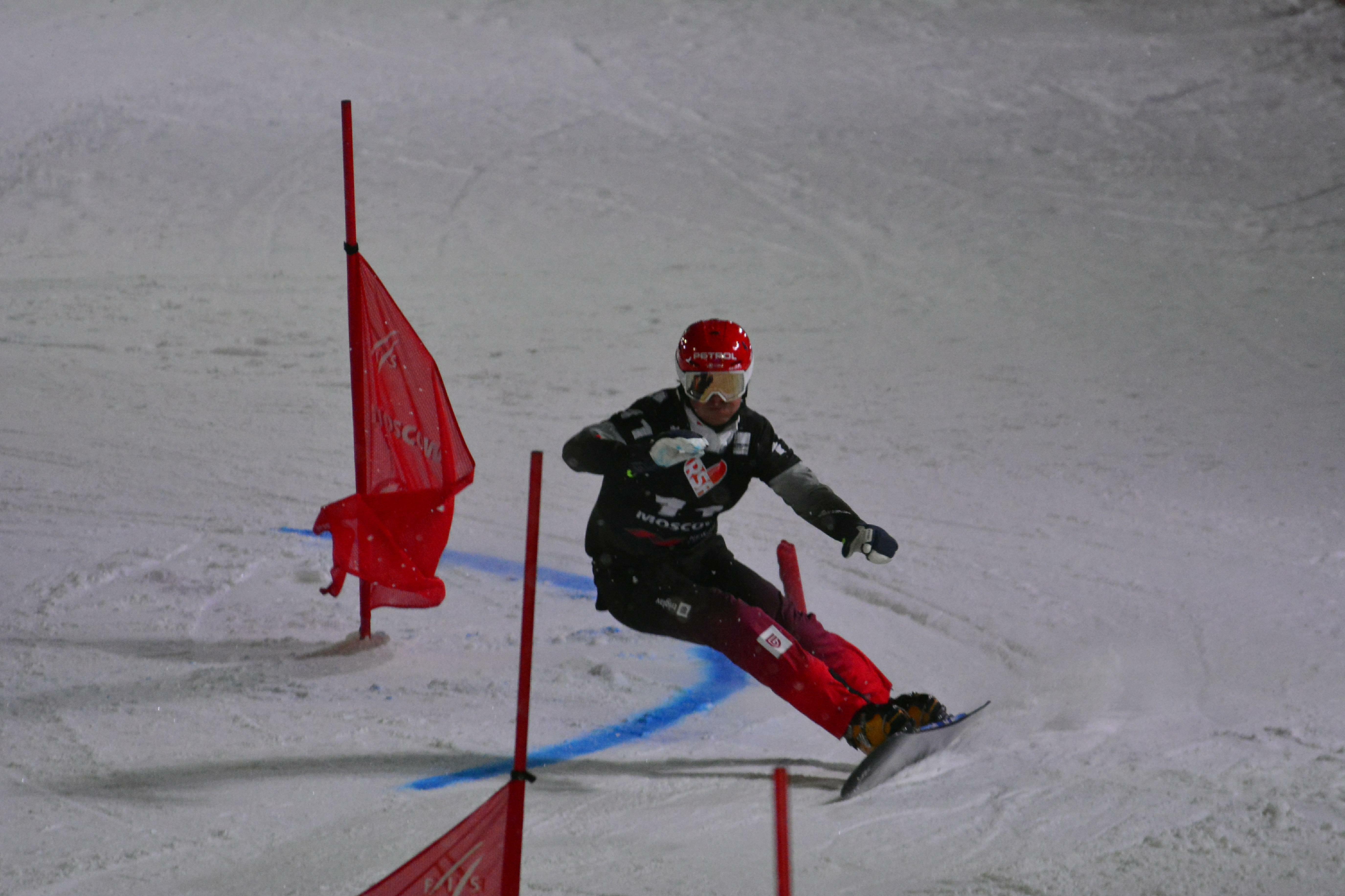 Горнолыжница Гут победила в скоростном спуске на этапе КМ
