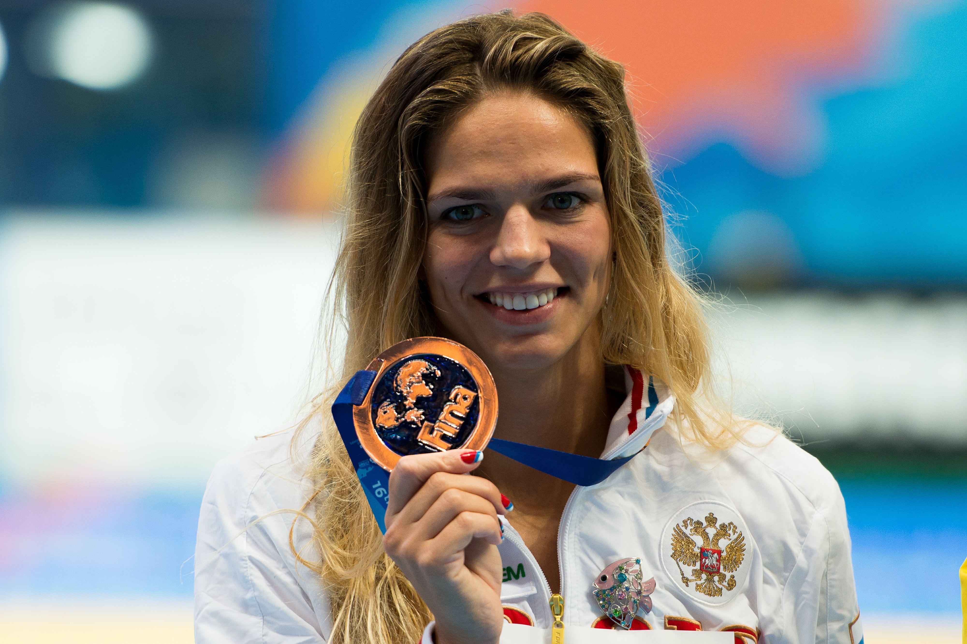 Пловчиха Ефимова поделилась снимками со своего дня рождения. ФОТО