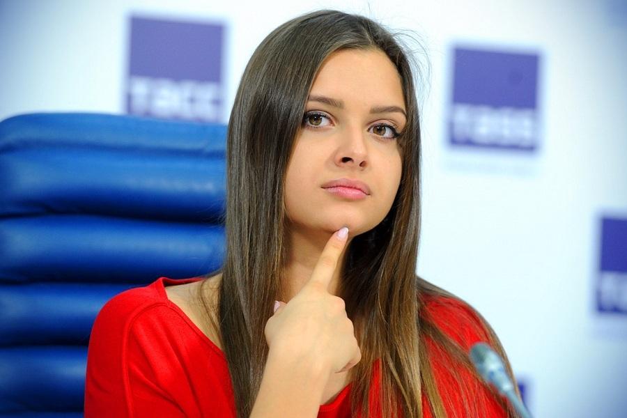 Гимнастка Севастьянова показала новое фото в купальнике (ФОТО)