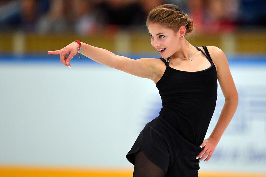 Тарасова отреагировала на новость о том, что Косторная вновь начала прыгать тройной аксель