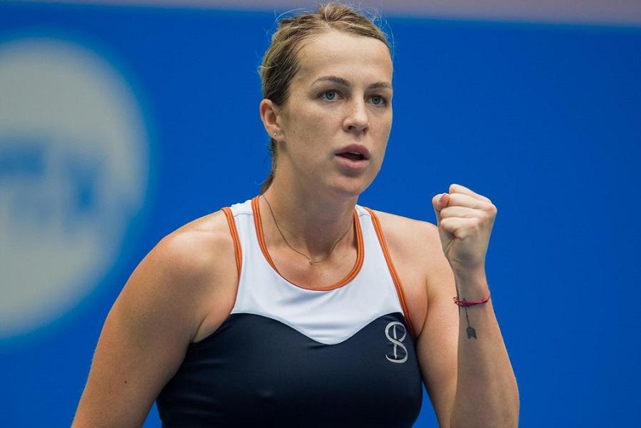 Павлюченкова вышла в четвертьфинал турнира в Мадриде