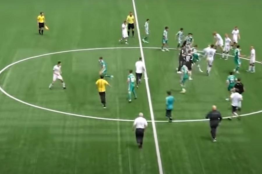 Опубликовано видео драки молодёжных команд Ахмата и Локомотива (ВИДЕО)