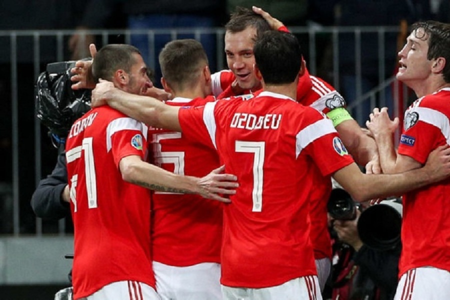 Названы арбитры, которые будут работать на товарищеском матче Польши и России