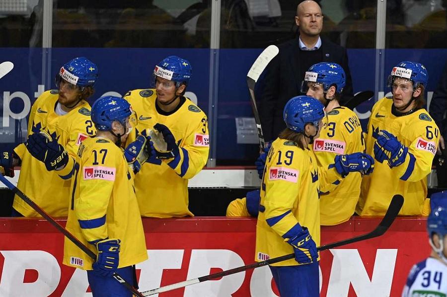 Шведский форвард Олофссон высказался о предстоящем матче чемпионата мира со сборной России