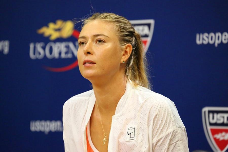 Шарапова отреагировала на выход Павлюченковой в финал Ролан Гаррос