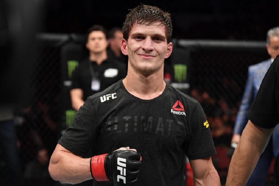 Евлоев победил Даводу на турнире UFC 263, российский боец остаётся непобежденным