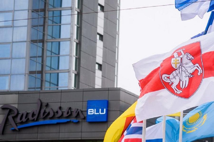 Мэр Риги объяснил, почему заменил флаг Белоруссии на чемпионате мира по хоккею