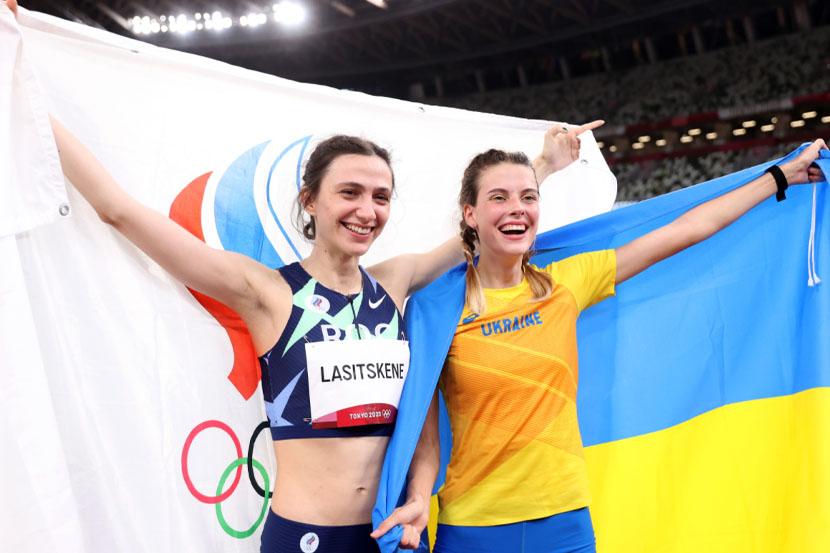 Украинская легкоатлетка Магучих, которую критиковали из-за снимка с Ласицкене, прокомментировала фотографию с россиянкой