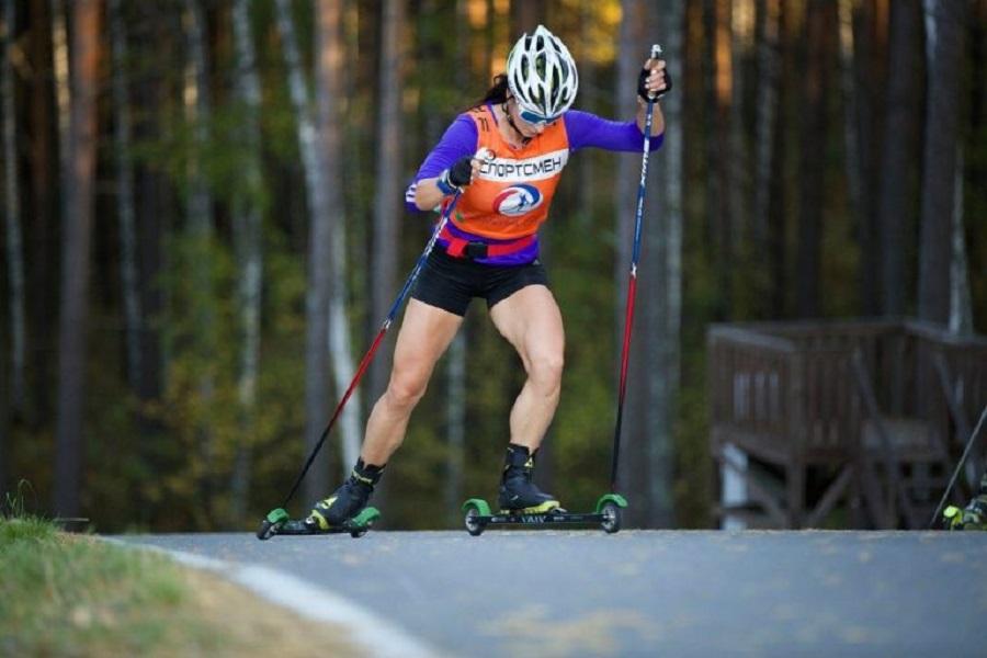 Непряева победила на этапе Кубка мира по лыжероллерам в эстонском Отепя: все результаты