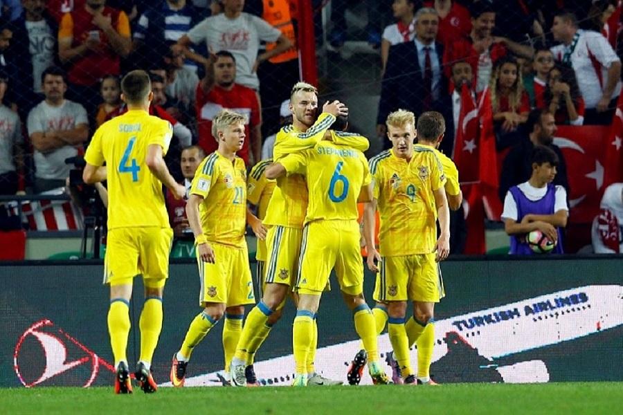 Главный тренер сборной Украины прокомментировал ничью в матче с Казахстаном
