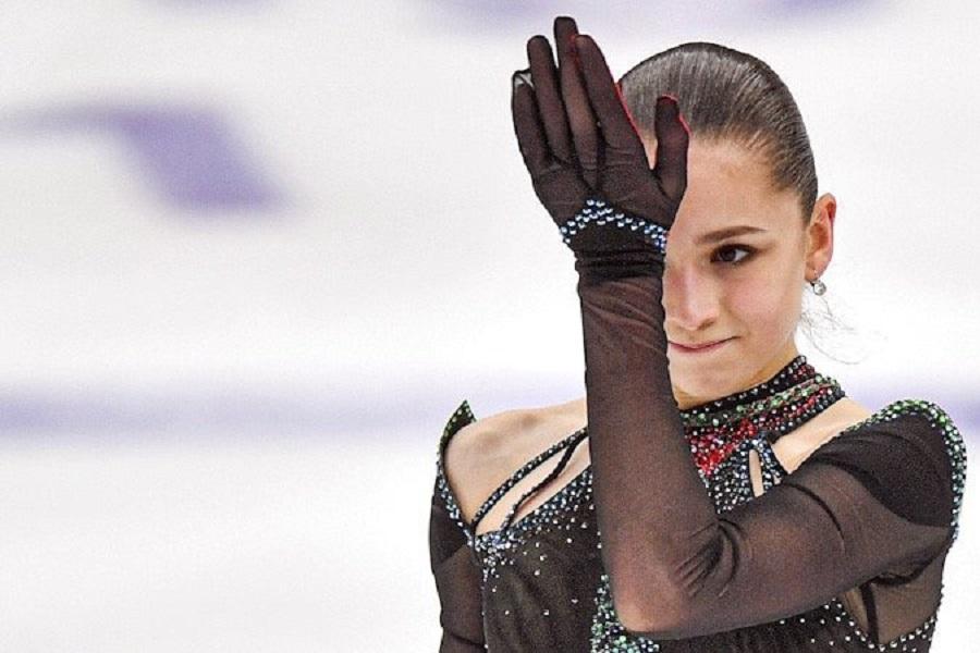 Валиева побила мировые рекорды Трусовой и Косторной на дебютном взрослом турнире