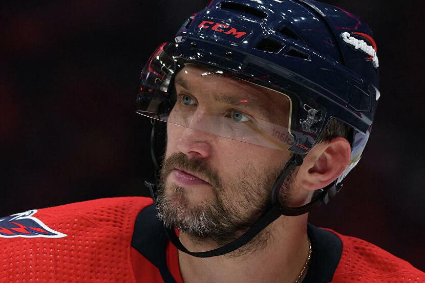 Овечкин вышел на чистое пятое место в списке лучших бомбардиров НХЛ